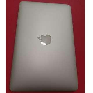 Macbook 11-inch Early 2015