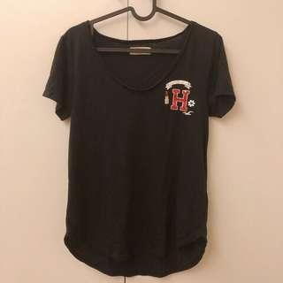 🚚 Hollister t-shirt