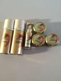 Skincare MD Glowing Gold Series
