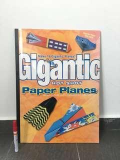 #SparkJoyChallenge Gigantic Hot Shot Paper Planes Book (16 Planes)