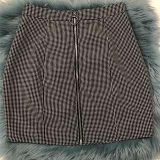Zip Front Check Mini Skirt Size 8