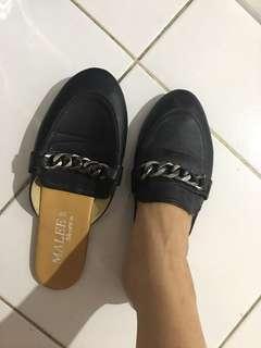 Slop shoes