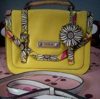 Guess Slingbag Authentic