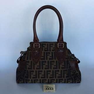 Authentic Fendi FF Handbag Made In Italy Tinggi 24cm x Lebar 33 cm Good Condition Rm790 Cod Kota Bharu http://www.wasap.my/60104550163