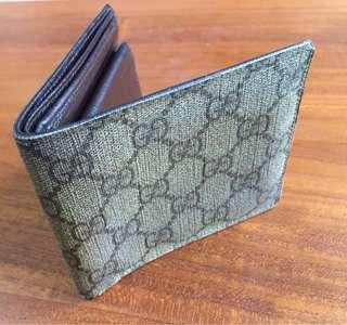 Gucci Beige Monogram Leather Men Wallet