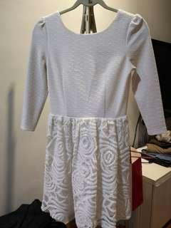 Lace Dress long sleeve with lining