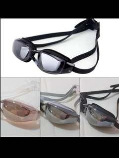 🚚 Mirrored Swimming Goggles Size: Standard Size (Adult)