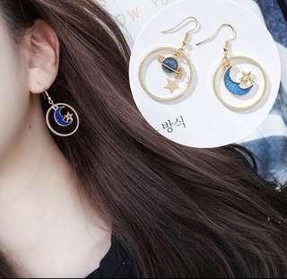 🚚 宇宙月亮 夾式耳環