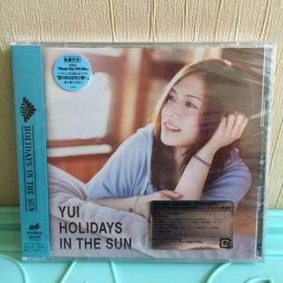 YUI - Holidays in the Sun (Limited Edition)