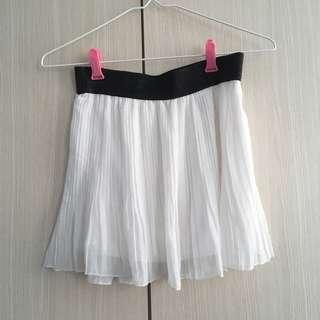 White Flowy Tennis Skirt with Black Waistband