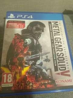DVD PS 4 Metal Gear Solid V Definitive Edition