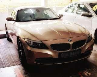 Champagne gold BMW Z4