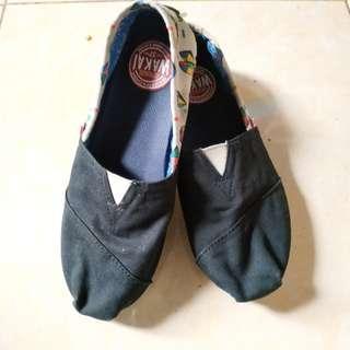 Wakai shoes for women