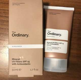 [New] The Ordinary Mineral UV Filters SPF 15 with Antioxidants Sunscreen