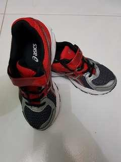 ASICS kids sport shoes