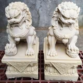 LUCKY Fu Dog Foo Dog Chinese Guardian Lions Statue
