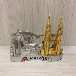 🚚 《全新》馬來西亞來的~金銀地標名片座/便條紙座