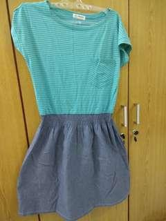 Dress Casual Warna Hijau Tosca Motif Garis