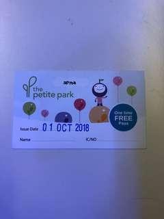 🚚 Petite Park free pass