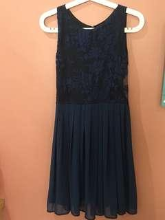 Navy Blue Lace Pleated Dress