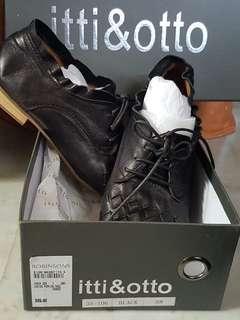 Itti & Otto shoes brand