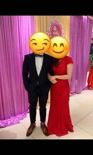 敬酒。紅裙