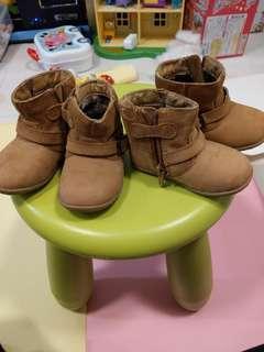 Dr Kong 孖女鞋兩對 size 20