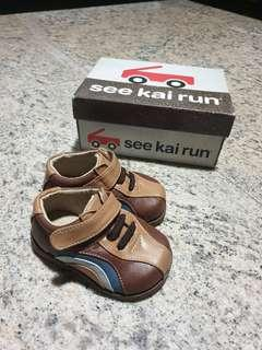 🚚 See Kai Run leather toddler shoes / pre Walker