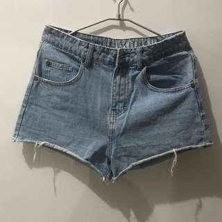 #SuperDeal Cotton On Short Jeans