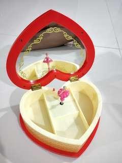 Hello kitty music jewelry box