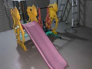 🚚 溜滑梯 盪鞦韆