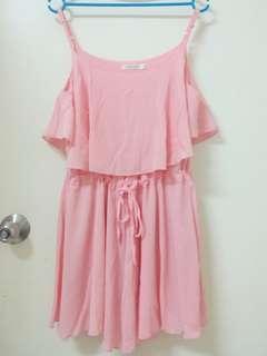🚚 粉紅色細肩洋裝