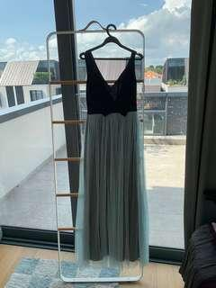 🚚 Dresstronomy maxi dress