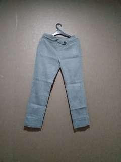 Celana panjang baggy ankle