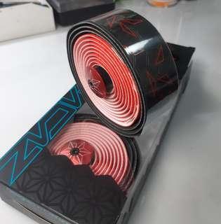 🚚 Supacaz bar tape red star fade