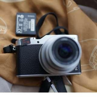 Panasonic GX800 or GF9 body only