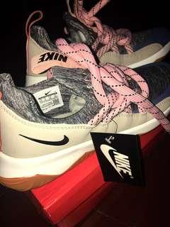 **RUSH!!BRAND NEW NIKE CITY LOOP FOR WOMEN SIZE 9 OEM FOR ONLY P1,099.75!!**