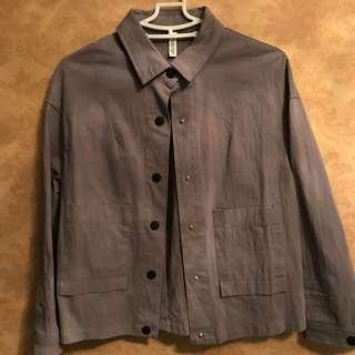 🚚 深灰色短板襯衫外套