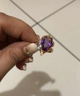 Amethyst ring in 18K and PT900