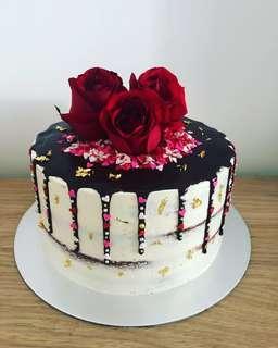 🚚 Sprinkle Drip Cake