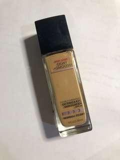Maybelline Fit Me Foundation Dewy+Smooth Shade 220 Natural Beige