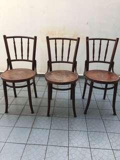 🚚 3 Kopitiam Chairs
