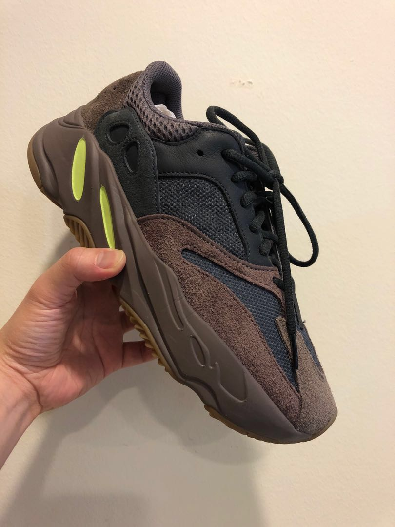 a07c79cc7b1a3 Adidas Yeezy 700 wave runner mauve colorway size US 8 Kanye west ...