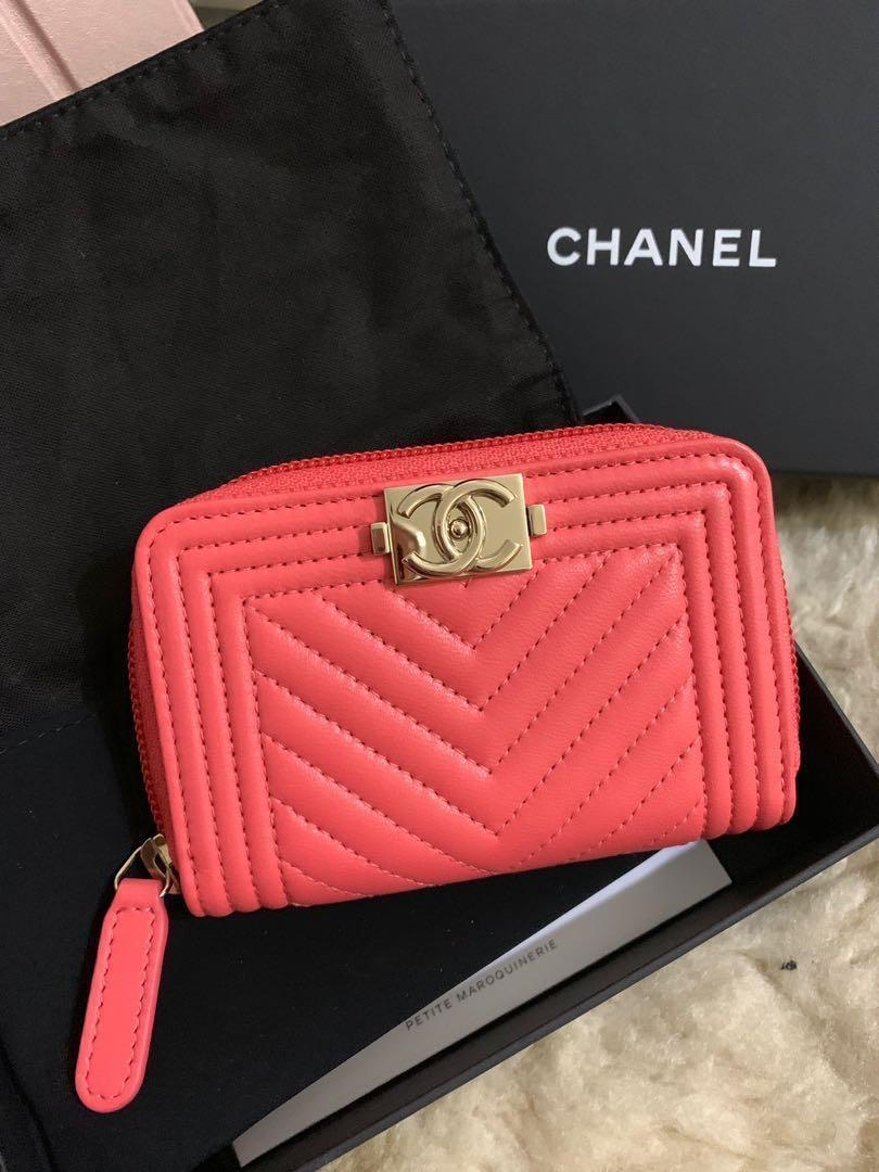 4a253849c7a184 Brand new Chanel Boy Wallet coin purse card holder 2019 new color on  Carousell