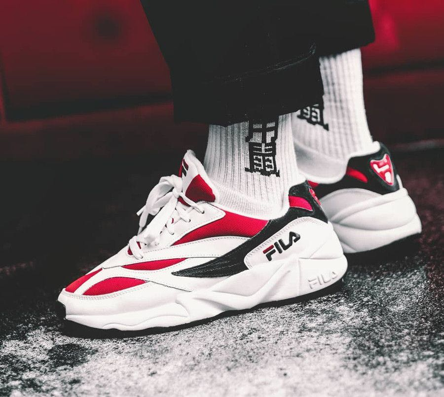 FILA Venom 94 OG Low White Red, Men's Fashion, Footwear ...