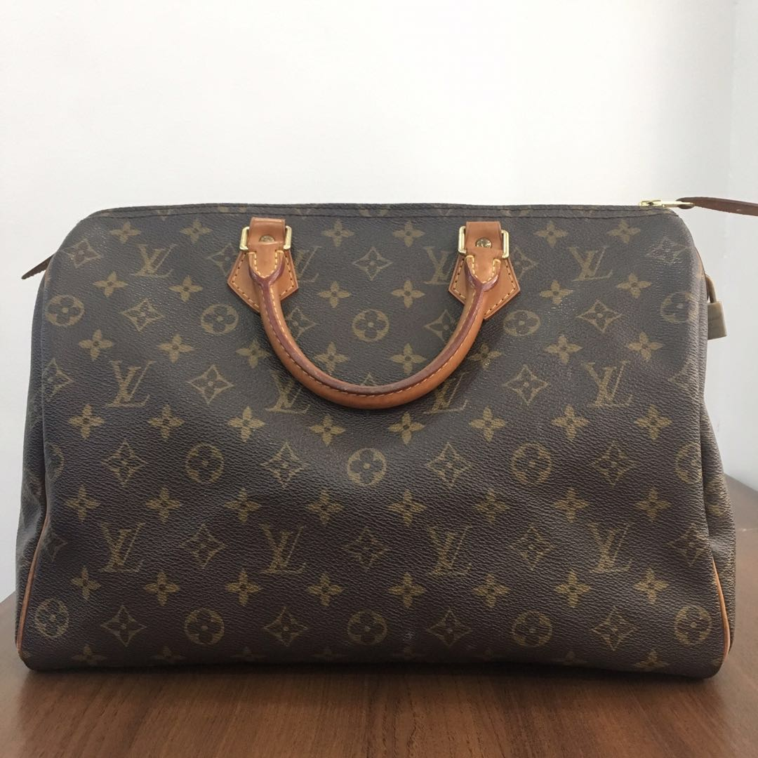 c54bb1fd69e3 FLASH SALE!! Pre-loved Louis Vuitton Speedy 35 Bag