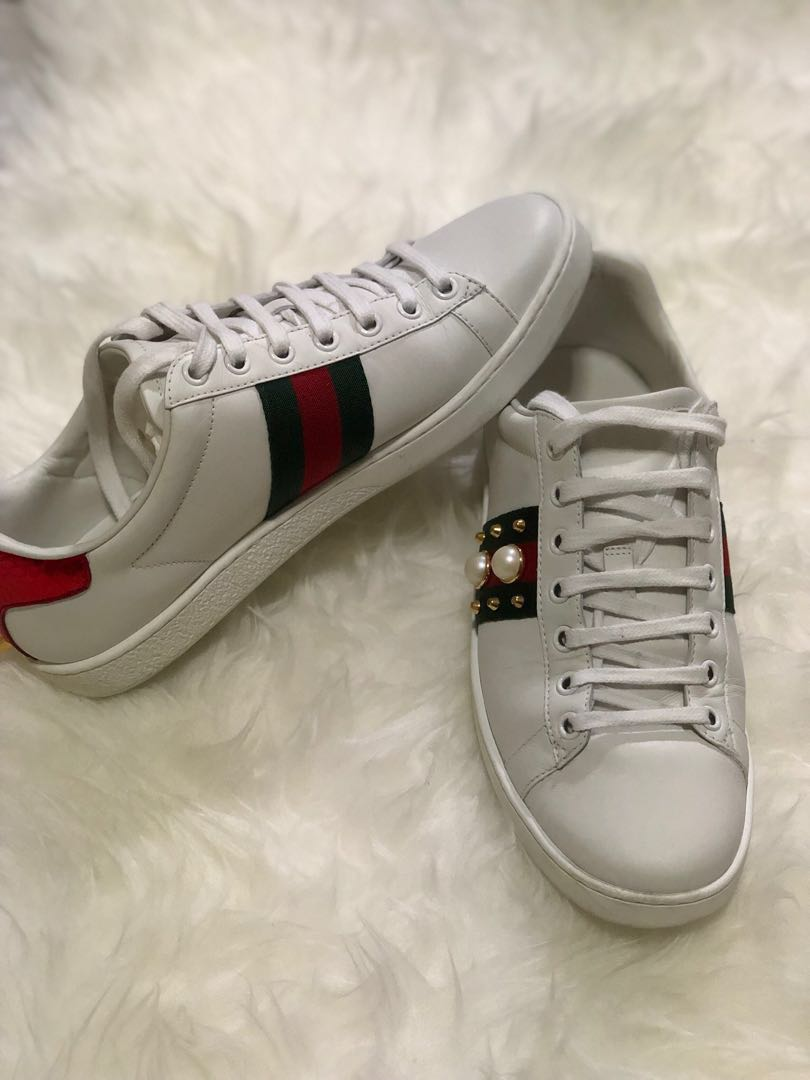 c62c530ffb5 Gucci Ace Studded Leather Womens Sneakers
