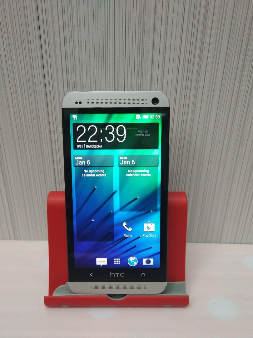 HTC ONE 2SIM 32GB WITH BOX AND ACCESSORIES