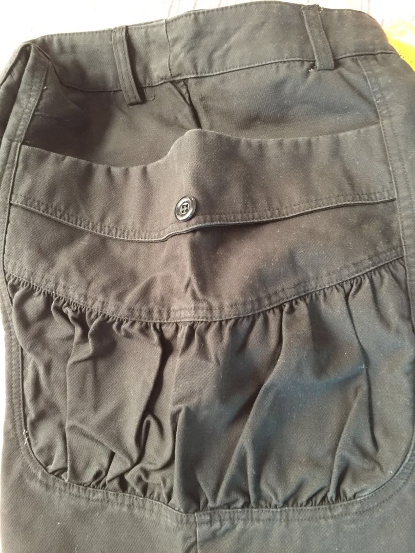 529a65508 Ladies Shorts with Deep Pockets- Black, Women's Fashion, Clothes, Pants,  Jeans & Shorts on Carousell