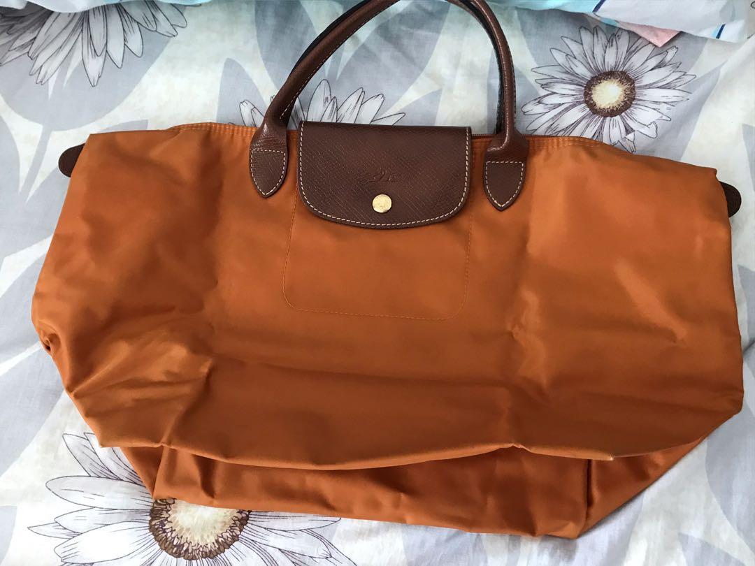 9d1451a3d30d Longchamp shoulder bag
